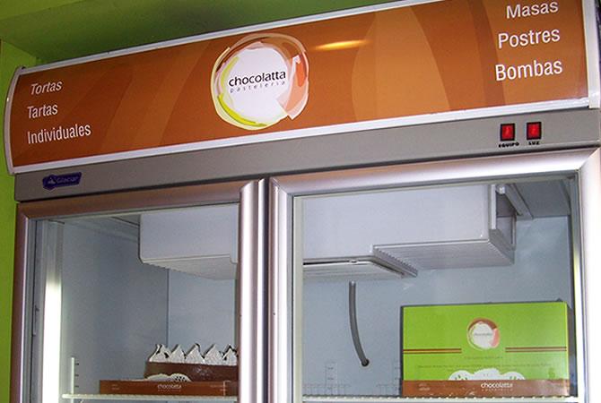 Diseño de ploters para heladeras.