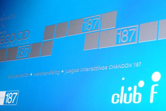 Diseño de tarjetas para fiestas en el Night Club.